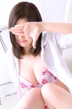 吉岡なおみ